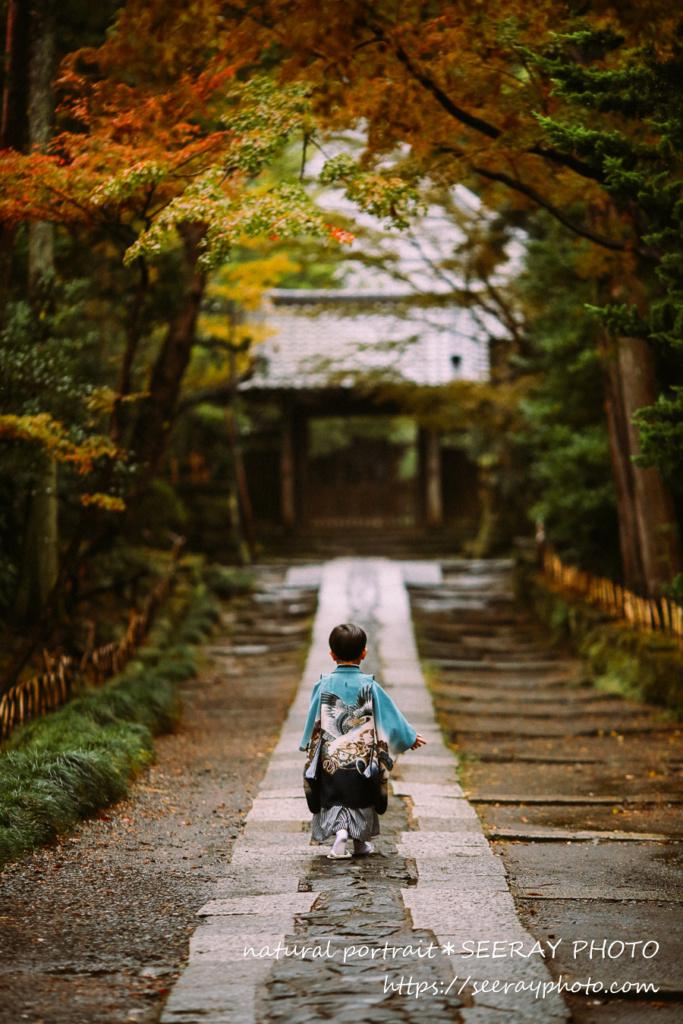 鎌倉鶴岡八幡宮の七五三。雨だったのでロケーション追加を提案してみました